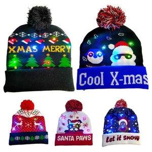 2021 Pompón xams suéter de punto Beanie sombrero Feliz Navidad Light-up LED Cap prop invierno cálido Mujeres Niños Familia Regalo de Año Nuevo
