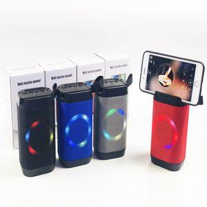 Atacado estéreo Bluetooth Speaker com suporte do telefone Subwoofers Mini Altifalantes portáteis sem fio com o rádio U disco MP3 Music Player FM