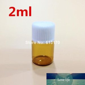 Free Shipping 100pcs 2ML Amber Glass Bottles 2CC Mini small Sample Vials Essential Oil Bottle with White screw thread cap