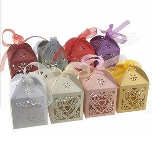 Caja de regalo Caja láser Hollow-Out Candy Box Dies Metal Cutting Dies DIY Scrapbooking Día de San Valentín Decoración de Decoración Craft Dies Cut para la fabricación de tarjetas EWC5318
