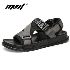 Sandalet Yaz Erkekler Moda Tasarım Nefes Örgü Rahat Plaj Ayakkabı Yumuşak Alt Açık Çevirme1