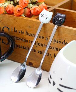 Único desenhos animados preto branco gato de aço inoxidável gatinho colheres de cerâmica fraiware ferramenta ferramenta copo decoração criativa cce4091