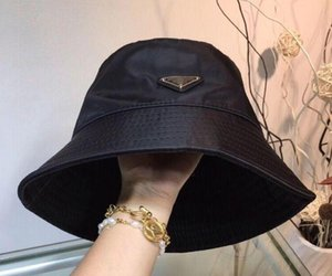 High quality luxury leather letter bucket hat when still folding hat black fisherman beach visor sales folding bowler hat