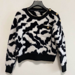 2020 New autumn and winter fashion designer high fashion round neck long sleeve sweater men and women with a casual monographic sweater M-L