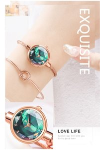 Venta al por mayor 30 unids Moda de color mezclada 20 mm x 10 mm 20 g de ladies de cuarzo relojes para mujer Estudiantes de las mujeres relojes Relojes de pulsera casual CH049