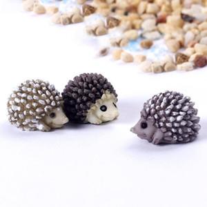 Симпатичной мини Смола Hedgehog Micro Пейзаж Миниатюрного Фея животные Moss бутылка суккуленты горшок украшение экологического реквизит ремесло DHF2483