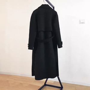 Hepburn style woolen coat women's 2020 autumn and winter new Korean black mid-length woolen coat is popular and thick