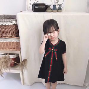 Heißer Verkauf Baby Mädchen Designer Kleid Kinder Brief Drucken Kleidung Kleidung Nette Bowtie Kleinkind Kinder Kurzarm Kleid Für Mädchen Kleidung Vestidos