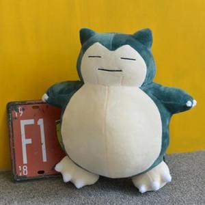 Nueva llegada Anime japonés Snorlax Toys Kabigon Peluche de peluche Muñecas rellenas suaves 30 cm Figura Regalo LA031
