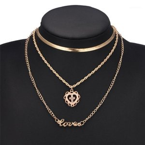 Collares para mujeres Venta al por mayor Declaración de niña Multilapa Hollow Cross Collar Love Joyería femenina Boho Heart Flower Choker1