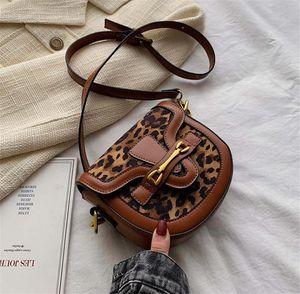 2021 Autumn Fashion Black Houndstooth Texture PU Leather Retro Simple For Saddle Shoulder Ladies Women Leopard Handbags Bags Bag Flpng