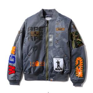 Novo casaco de marca na moda acolchoado espessado espessado camuflagem camuflagem tubarão jaqueta de algodão homens