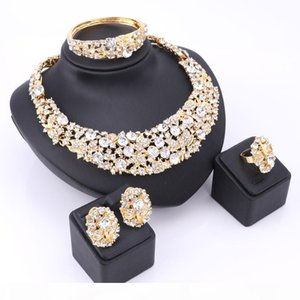 Trendy Jewelry Sets For Women Wedding Bridal Party Imitated Crystal Gold Plated Pendant Lady Costume Statement Necklace Earrings