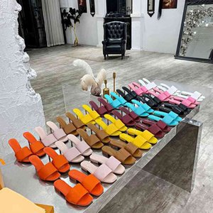 Pantofole da donna Sandali Designer Sandali rotondi Sandalo Donne Sandalo Designer di moda Slipper Sandali per feste Pantofole a tacco alto o da 7,5 cm o 9.5cm