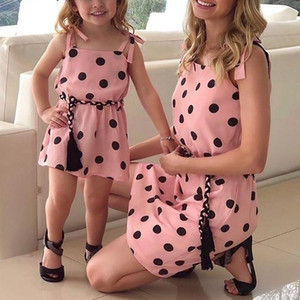 Family Match Outfits Summer Dress Sling Polka Dot Mother Daughter Dresses Mom and Girls Clothes 1 2 3 4 5 Years1
