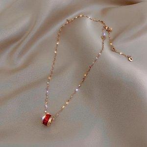 Titanyum çelik olmayan solma kolye mizaç net kırmızı ins küçük bel kolye kadın klasik klavikula zincir popüler aksesuar imalatçısı