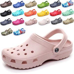 hohe Qualität 2020 Beleg auf beiläufige Strand Clogs Wasserdichte Schuhe Frauen klassische Nursing Clogs Krankenhaus Frauen Arbeit Medical Sandalen neue