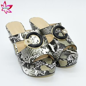 2020 Noir Escarpins Femmes Slipper design Dernières Chaussures Femmes Chaussures Luxe Nigeria FOW Pompes de mariage