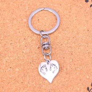 Fashion Keychain 21*17mm heart foot Pendants DIY Jewelry Car Key Chain Ring Holder Souvenir For Gift