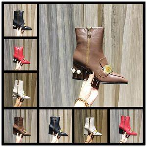 Top Quality Martin Bottes Boots Boots Laureate Love Womens Black Real Pelle Medaglia in pelle grossolano Scarpe invernali antiscivolo