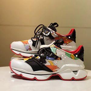 2021 Yeni Varış Krystal Spike Düz Sneakers Tasarımcı Erkekler Kırmızı Dipleri Ayakkabı Bayan Perçin Spiky Çorap Junior Spikes Düz Ayakkabı