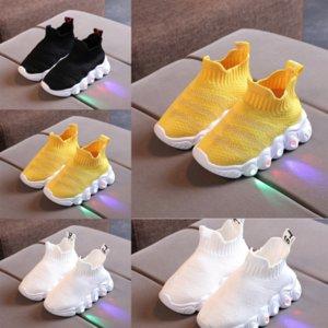 CS8 New Sport Sport Leggero Running Girls Boys and Shoes Comodo Sunk Shoes Bambini Arrivo per bambini Sneakers LBJ 15 Bambino