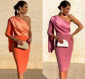 Elegant Knee length Mother Of The Bride Dresses 2021 One Shoulder Long Sleeve Ruched Satin Short Prom Party Gowns Women Formal Wear AL7506