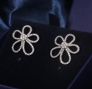 Мода роскошных дизайнерских серебряных серебряных серебряных серебряных серьги с блестящими хрустальными камнями женские ювелирные изделия кулон ожерелья