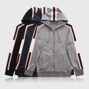 2020 Nuovo Designer Mens TrackSuits Estate T-Shirt Pant Sportswear Sportswear Fashion Sets Manica corta in esecuzione da jogging di alta qualità Plus Size W12