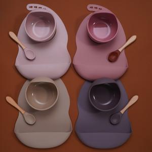 Puériculture Vaisselle silicone Sucker bol sans BPA étanche Les enfants Bavettes Toddle Mangeoire et Wodden poignée cuillère. Q1106