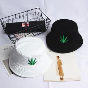 Commercio estero di esplosione Girl Maple Leaf ricamo Fisherman Mens cappelli esterni del Tutto-fiammifero del cotone del cappello invernale Uomo Designers Beanie Cappelli