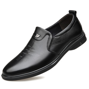 Luxurys Designers Shoes 2020 Mens Quality Genuine Leather Shoes New Soft Business Casual Size 38-44 Black Man Dress Genuine Lea