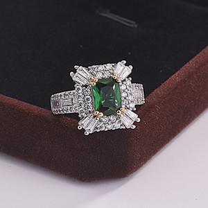 2019 Nueva llegada Top Venta de joyas de lujo 925 Sterling Silver Princess Cut Emerald Gemstones Party Lady Wedding Normal Anillo Amante 45 N2
