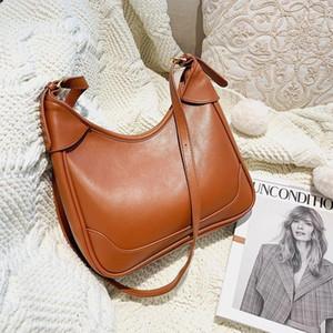 Женщина сумки конструкторов-Женщины моды сумки на ремне девушки Crossbody пакет Solid Color Ladies Totes Высокое качество Pu кожа