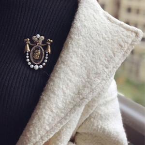 Oasis butik Lady kafa tasarım pimleri mahkeme bağbozumu broş