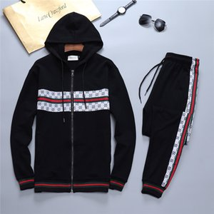 2020 Männer Designer Hoodies Hosen Set Kapuzenanzug Herren Sweat Suits Patchwork Top Marke Solid Color Herbst-Winter-Pullover Sportsuit M-3XL