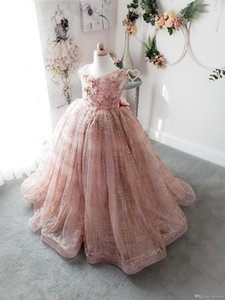 2021 Halter Beaded Crystals Pink Girls Pageant Dresses Tiered Ruffles Flower Girls Dress Rhinestones Ball Gown Glitz Girls Holy Party Dress