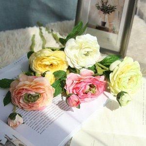 8pcs / lot 2Heads Artificial Ranunculus Asiaticus stieg gefälschte Blumen Seide flores artificiales für Hochzeit Dekoration Qnzq #