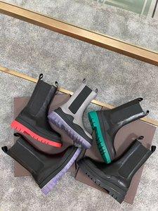 2020 nouveaux sexy de style européen femme bottes designer nylon cheville Martin bottes de combat de veau et Martin design hiver