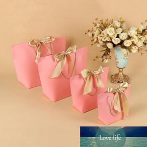 3 цвета бумажный мешок подарков Бутик одежды Упаковка Мешки с лентой и ручкой Картонная Упаковка Сумки для покупок для праздников Present Wrap