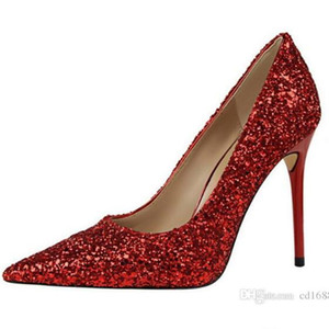 2020 새로운 유럽 스타일의 여성 신발 얕은 입 뾰족한 스파클 반짝이 매혹적인 섹시한 웨딩 신발 여성 얇은 나이트 클럽 하이힐 펌프