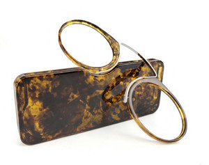 Belight Design-Clip Lesebrille Männer Frauen Mini Ultra SOS Wallet Ältere Optik mit Kasten Oculos De Grau Folding Glass 5206