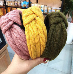 South Korea autumn and winter solid color striped wool knotted headband wide side knitting hairpin high-end pressure hairband