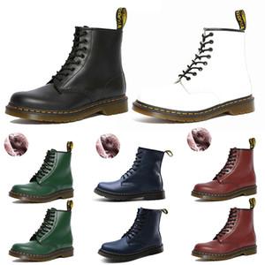luxury Designer Boots Damenstiefel Schneeschuhe Australien Doc Schuhe Martin Turnschuhe Dreifach Schwarz Weiß Rot Grün Blau Männer Frauen Winterstiefel Chaussures