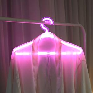 الإبداعية الصمام الملابس شماعات النيون ضوء الملابس الشماعات ins مصباح اقتراح رومانسية فستان الزفاف الديكور الملابس الرف 116 P2