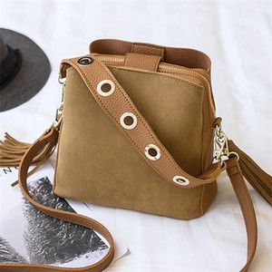 2019 Fashion Scrub Women Bucket Vintage Tassel Messenger High Quality Retro Shoulder Simple Crossbody Bag Tote Q1106