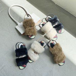 Polyvalent lapin cheveux NOUVEAU été réel Nu-pieds doigter rafraîchissant chaussures femmes Simplicité semelle plate Noir Boucle Casual Slipper san