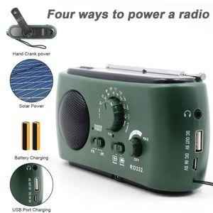 New Solar Powered FM Radio Hand Crank Generator FM AM Emergency Radio 3 LED Light Emergency Charger Alarm Portable FM1