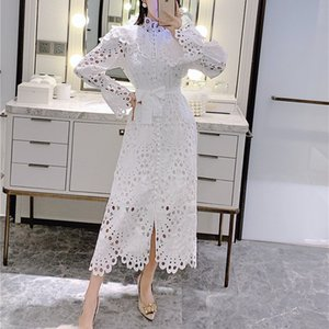 2021 NOUVELLE TURTLES Col Creux Hollow White Femme Neuf Extension Robe de dentelle Girl Girl Girway Designer Vêtements de printemps G6XT