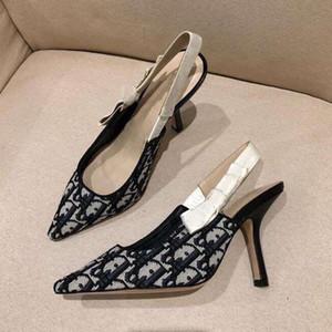 Sandalias de las señoras de las señoras de verano Sandalias de diseño de punta con los arcos hermosos Moda High Heel Mujeres Zapatos de lona Stiletto Tacón de tacón Zapato